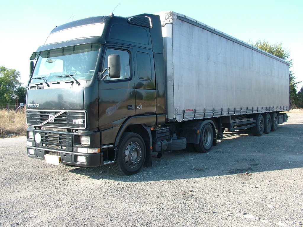 Volvo FH12 (7).JPG