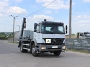 naudotas Mercedes Benz sunkvezimis konteineriu gabenimui